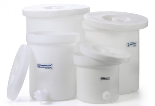 SP Bel-Art Polly-Crock Polyethylene Tank with Lid and Faucet; 6gal